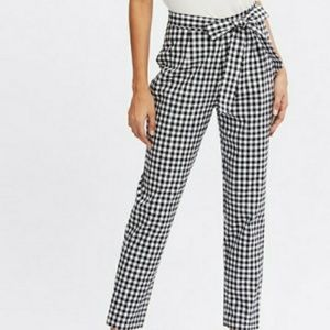 Pants - 🌸Super cute Black & White plaid pants with bow🌸